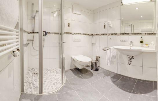 Hotel Fortuna-Kirchzarten-Bathroom