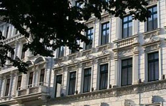 Adagio Am Seeburg-Palais