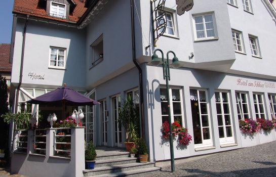 Am Schloss Neuenstein