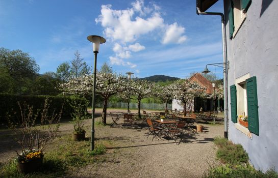 Roessle Landgasthof-Kirchzarten-Aussenansicht