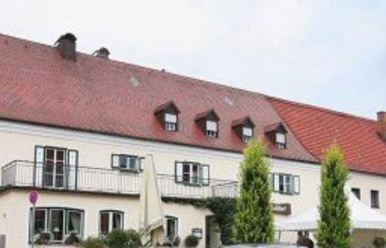 Schlosshof anno 1743