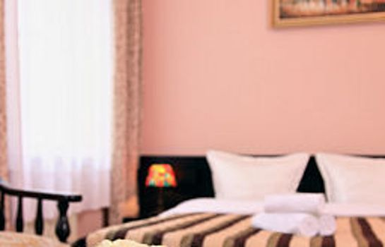 Cortina Hotel-Pension