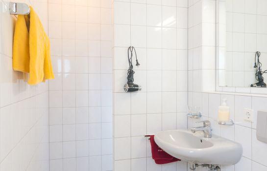 Hirschengarten-Freiburg im Breisgau-Badezimmer