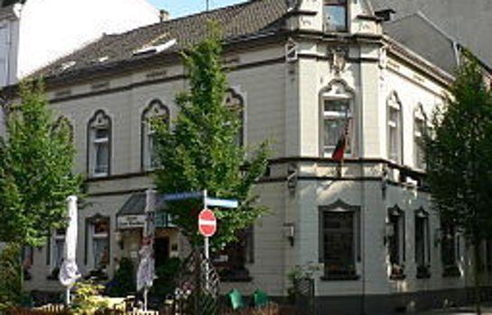 Oberhausen: Zum Rathaus