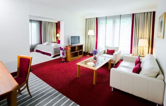 hotels near dasa - working world exhibition