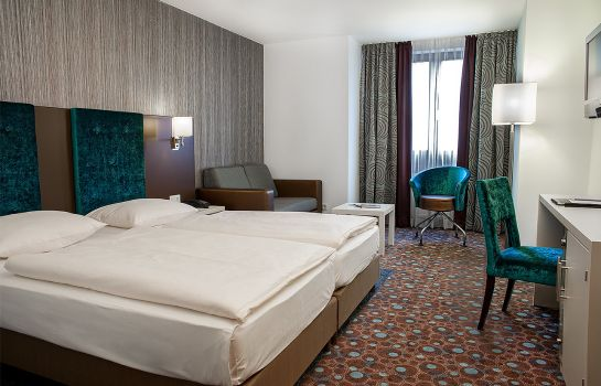 Zirndorf: Reubel Ringhotel