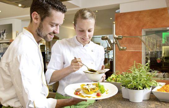 Eggensberger_Biohotel_Wellness-Fuessen-Hotelkche-1-43937 Interior