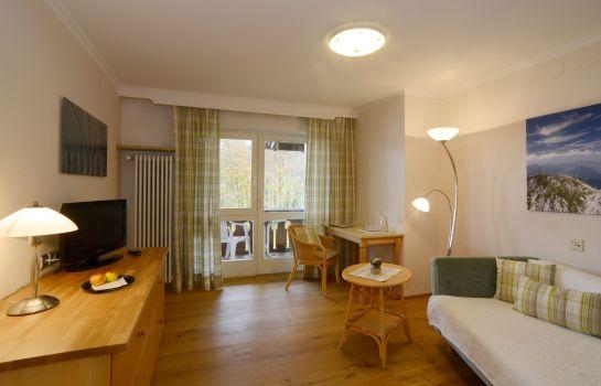 Eggensberger_Biohotel_Wellness-Fuessen-Einzelzimmer_Komfort-1-43937 Room