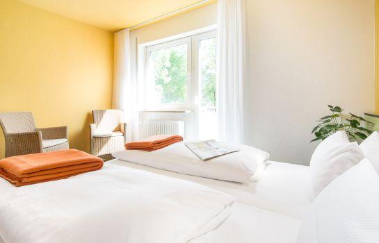 Bischofslinde-Freiburg im Breisgau-Zimmer mit Balkon