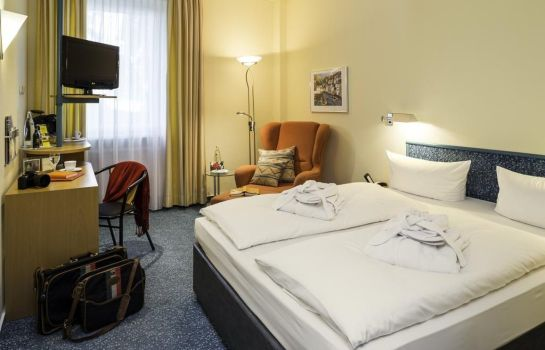 Anders_Hotel_Walsrode-Walsrode-Doppelzimmer_Standard-2-46177 Room