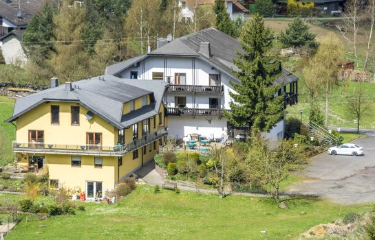 Kaltenborn: Waldhotel-Hohe Acht-Nürburgring