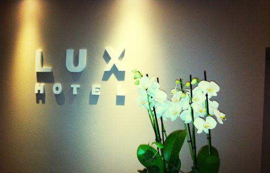 Düsseldorf: Lux City