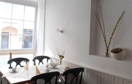 Markgraefler Hof Altstadt-Freiburg im Breisgau-Breakfast room