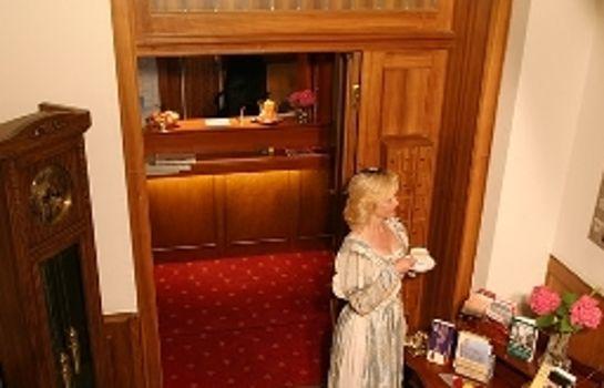 Barbara Garni-Freiburg im Breisgau-Innenansicht