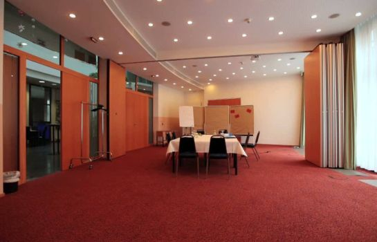 Hotel Am Borsigturm Airport Hotel Berlin Find Your Hotel At