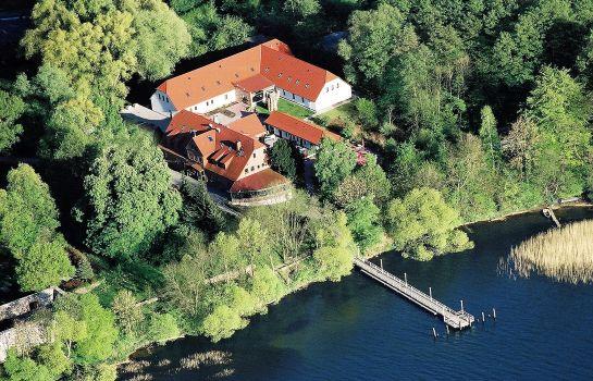 Groß Nemerow: Seehotel Heidehof
