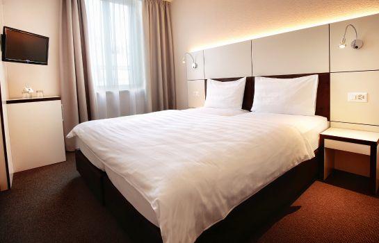 b_smart motel Basel