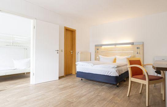 Lüssow bei Stralsund: VCH Hotel Stralsund