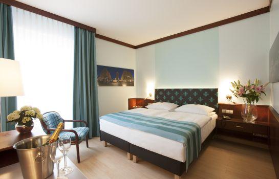 Leine-Pattensen-Double_room_superior-3-74591