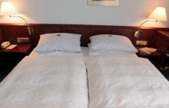Leine-Pattensen-Room-1-74591