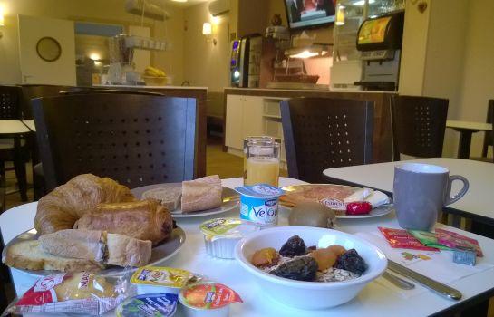 Citotel d Alsace-Wissembourg-Breakfast room