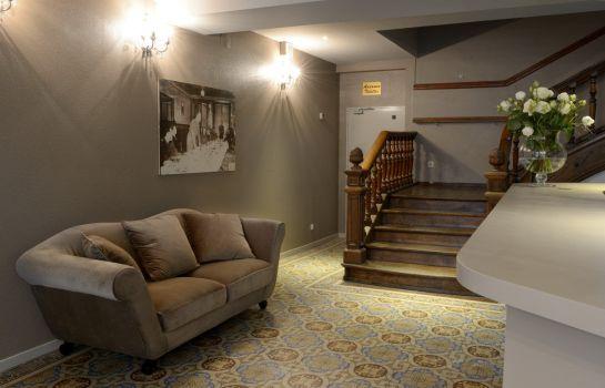 Hotel La Balance Montbeliard-Montbeliard-Hotelhalle