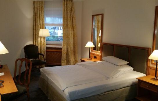 Kleines Hotel