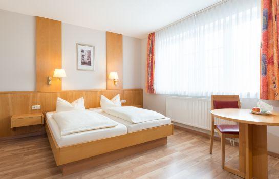 Neuwirt Gasthof Room