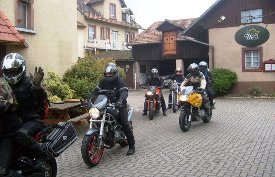 Hotel Weiss-Wissembourg-Hotel outdoor area
