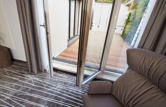 Boutique Hotel am Stadtgarten-Freiburg im Breisgau-Room with terrace