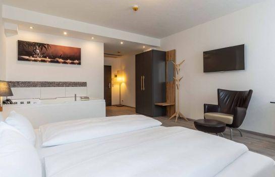 Reutlingen: Hotel in Laisen