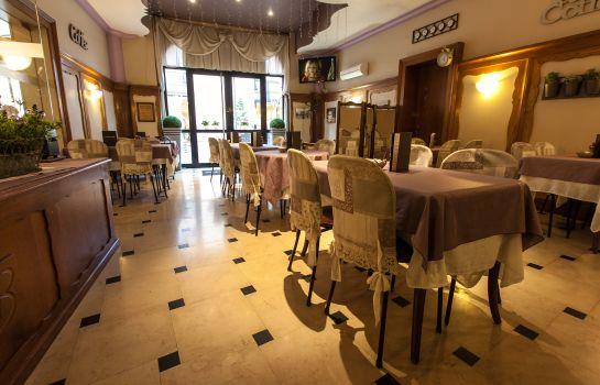 Brit Hotel Bristol Montbeliard Centre-Montbeliard-Breakfast room