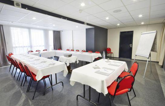 Kyriad Montbeliard Sochaux-Montbeliard-Conference room