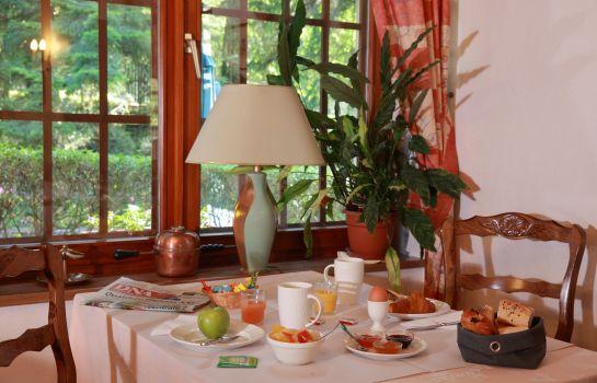 Chateau dAndlau-Barr-Restaurantbreakfast room