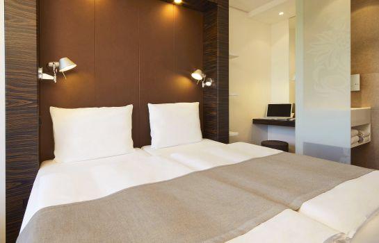 B&B Hotel München-Putzbrunn Room