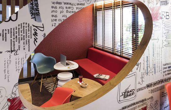 ibis Montbeliard-Montbeliard-Hotel bar