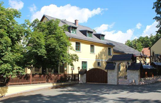 Oelsnitz: Landhotel Zum grünen Baum -der singende Gastwirt-