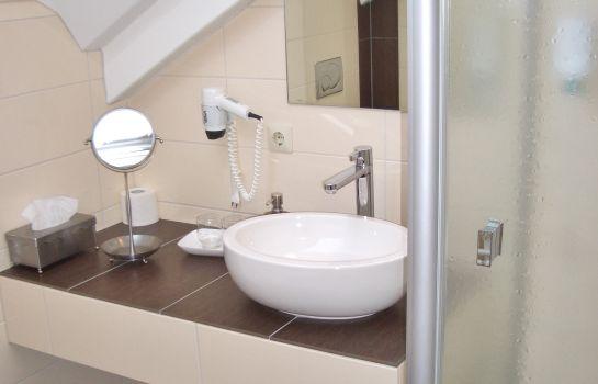 Schwarzenbergs Traube-Glottertal - Glotterbad-Bathroom