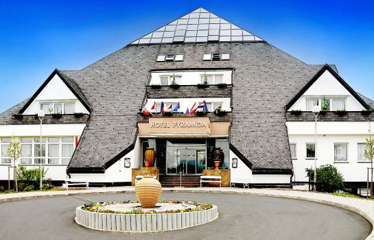 Pyramida 1 Kurhotel