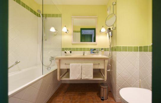 Hotel Hirschen an Ascend Hotel Collection Member-Freiburg im Breisgau-Bathroom