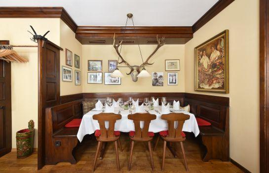 Hotel Hirschen an Ascend Hotel Collection Member-Freiburg im Breisgau-Restaurant