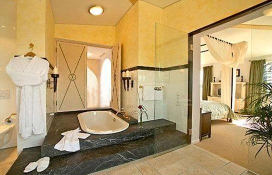 Hotel Hirschen an Ascend Hotel Collection Member-Freiburg im Breisgau-Room