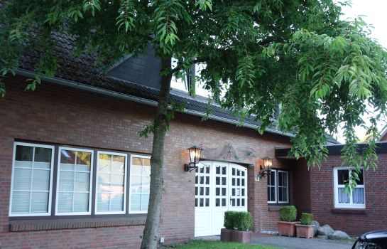 Friedeburg: Schumachers Landhaus