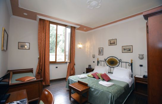 Domus Florentiae-Florence-Double room standard