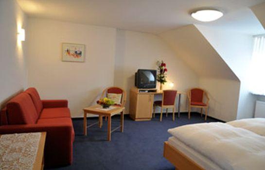 Weisses Lamm Hotel Garni