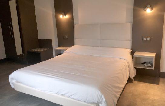 Hotels Pres De Aerodrome De St Die Remomeix Lfgy