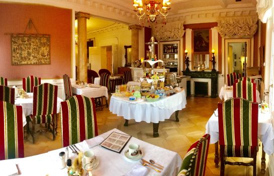 Le Manoir-Barr-Breakfast room