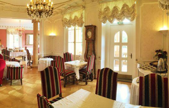 Le Manoir-Barr-Hotel indoor area