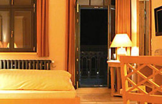 Hermanns_Stilhotel_Bar-Guben-Standardzimmer-4-398290