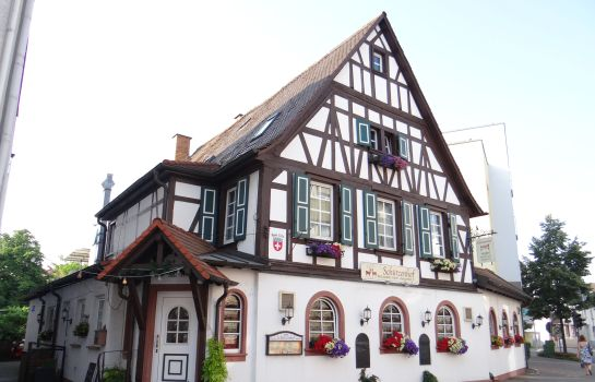Bürstadt: Schützenhof mit Loungegarten Landhotel